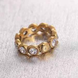 Michale kors gold crystal rings size 7
